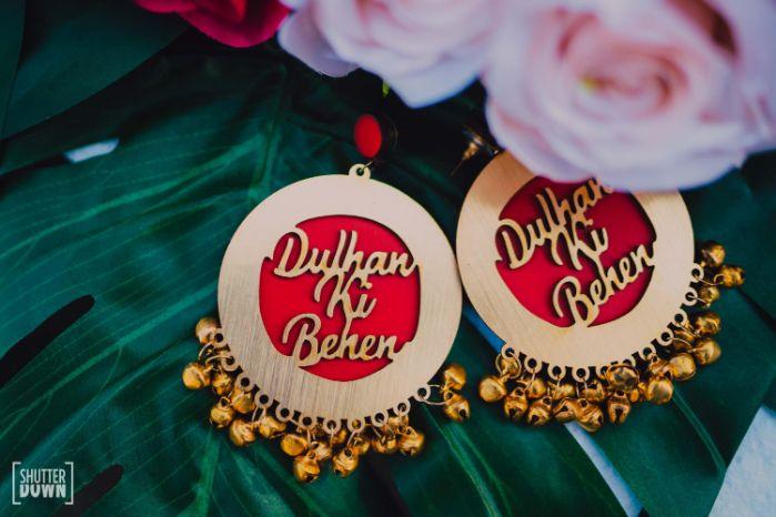 customized earrings for sister of the groom