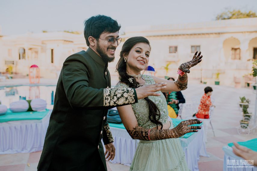indian wedding , haldi outfit , couple photoshoot , bridal details , Destination Wedding in Orccha with a Pretty Haldi Outfit!