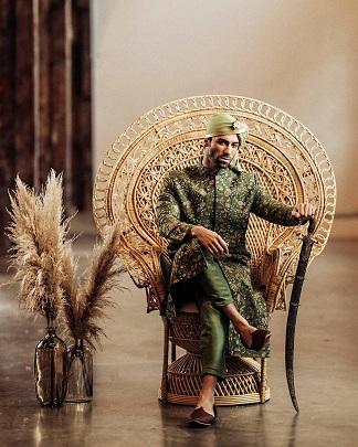 Green Sherwani for Groom | Wedding photography