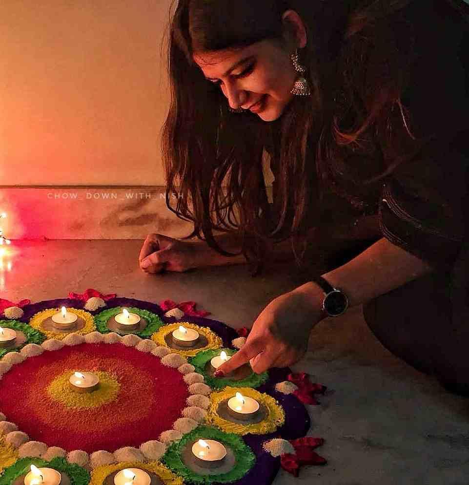 Diwali rangoli | Diwali poses | Diwali shoot ideas