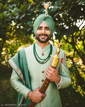 Green outfits | Indian groom style | Fashion