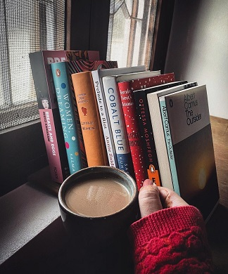 Reading corner | Home Décor ideas | New home décor inspiration