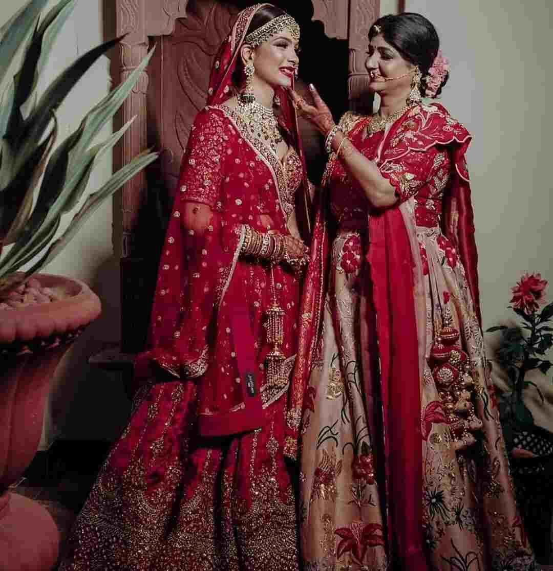 red lehenga | indian wedding fashion