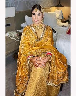 Punjabi Suit | Indian wedding | Indian bride | yellow suit | First Lohri