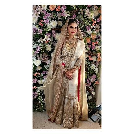 bridal portrait | Wedding lehenga