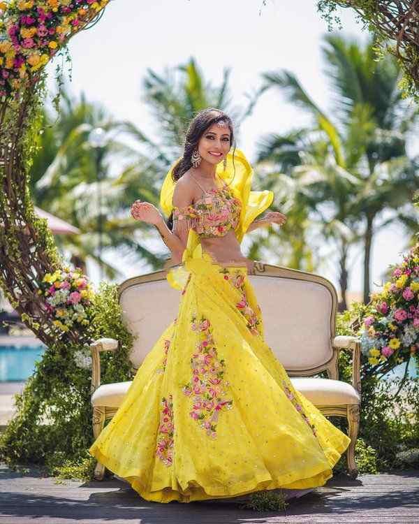 yellow lehenga | bridal yellow lehenga