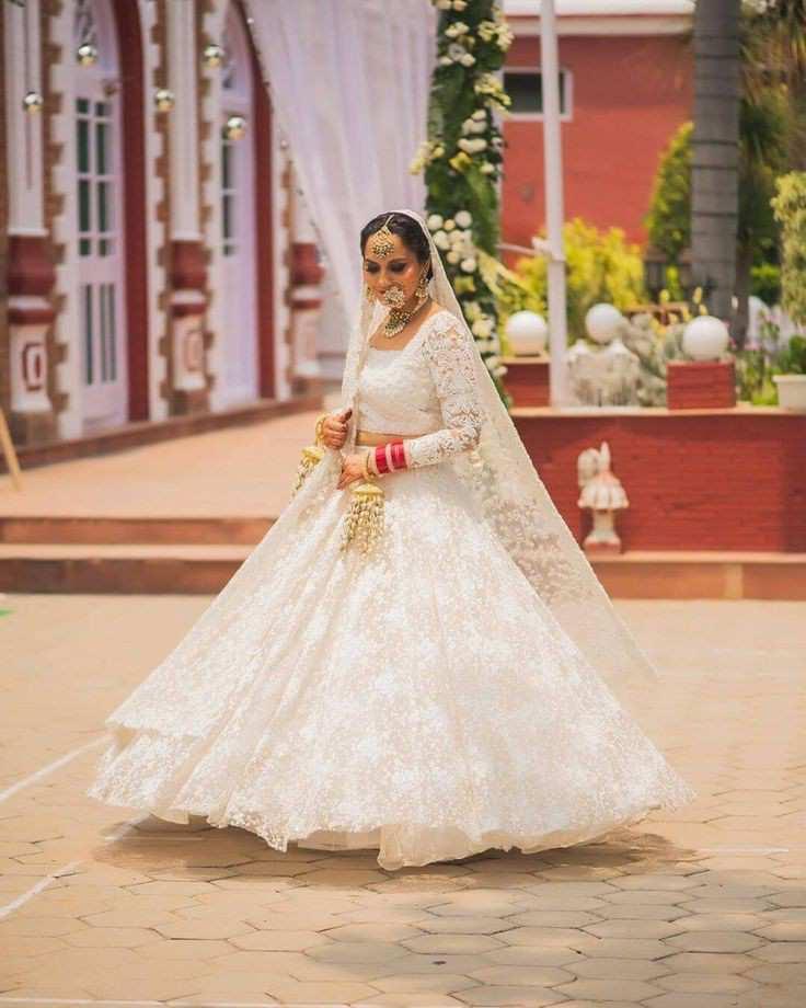 bridal twirl |