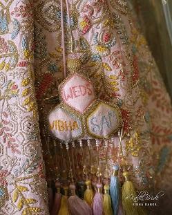 personalized lehenga for your lehenga