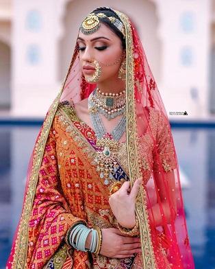 bandhani dupatta for your bridal designer lehenga