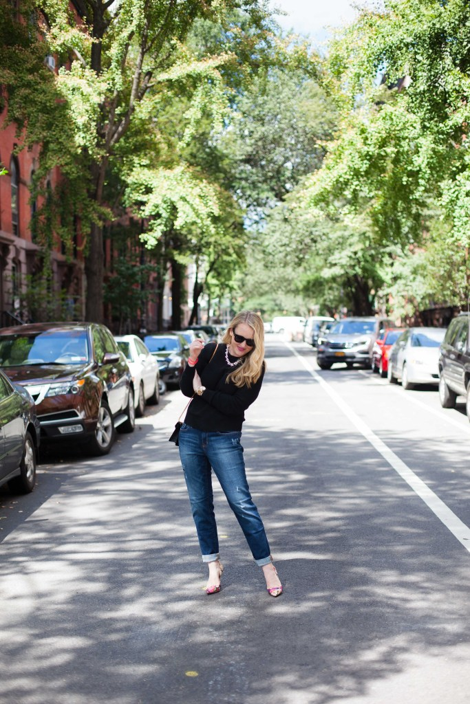 wit & whimsy I how to style boyfriend jeans