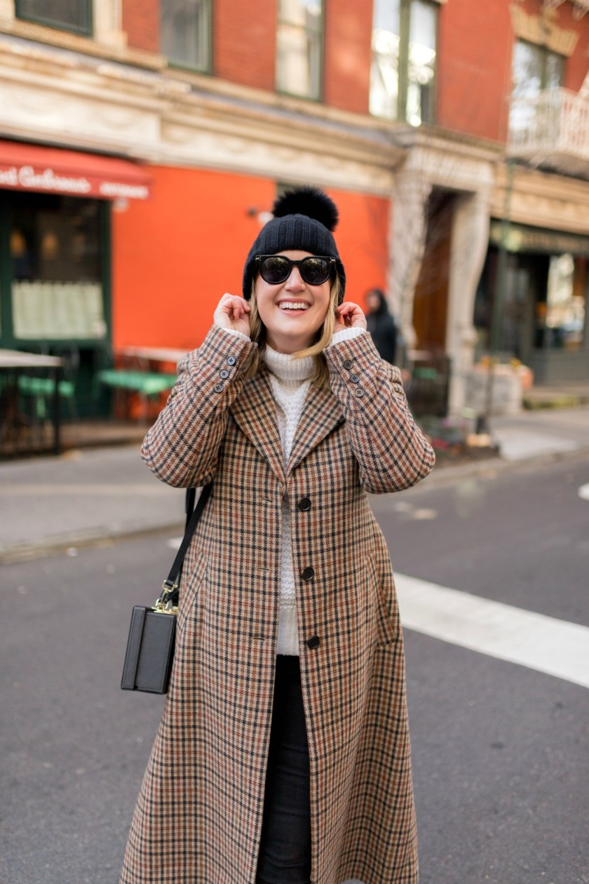 Plaid Coat I pom pom hat