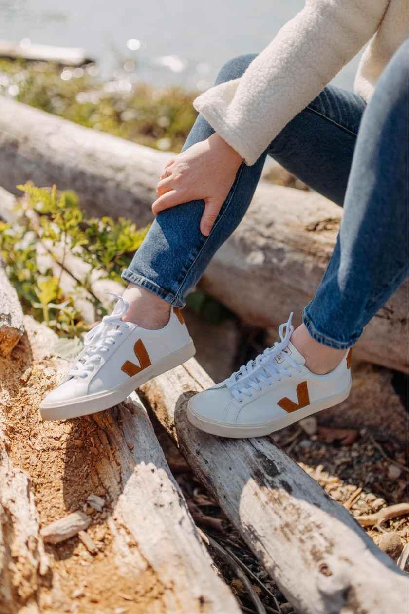 Veja Esplar Logo Sneakers I wit & whimsy