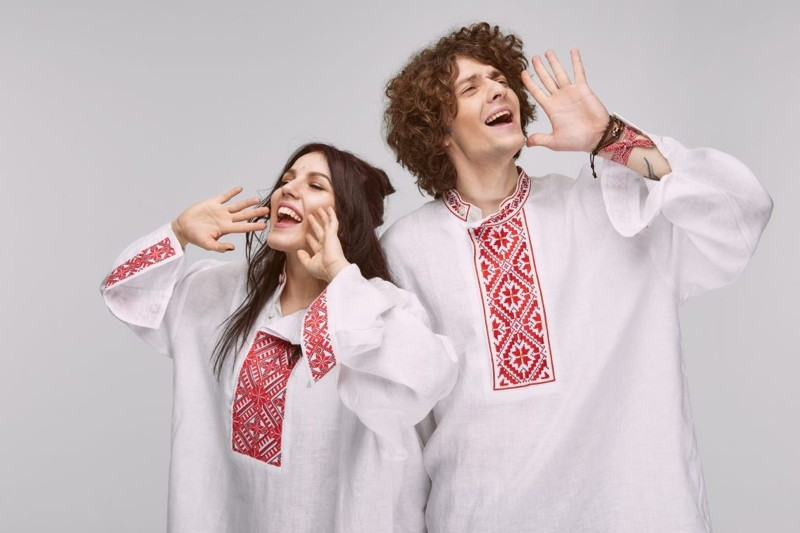 """Wiwi Jury: Belarus' NaviBand with """"Story of my Life"""""""
