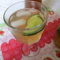 Sekanjabin mit Wassermelone - سکنجبین
