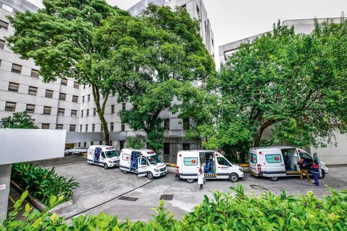 Lotação da UTI faz Hospital das Clínicas correr para abrir 100 leitos