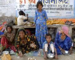 Pielgrzymki spotakne w radżastańskim mieście Puszkar (INDIE)