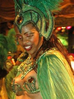 Karnawałowe szaleństwo na ulicach Rio (BRAZYLIA)