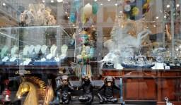 Okno wystawowe sklepu w Chińskiej Dzielnicy