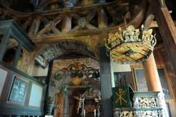 Røldal - stavkirke w środku