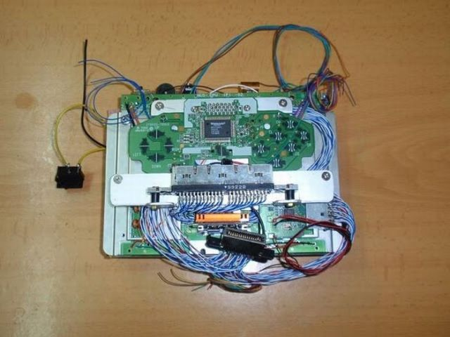 How this guy transform Nintendo 64 into A Handheld game console 20