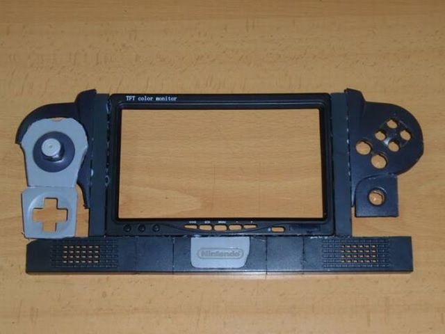How this guy transform Nintendo 64 into A Handheld game console 25