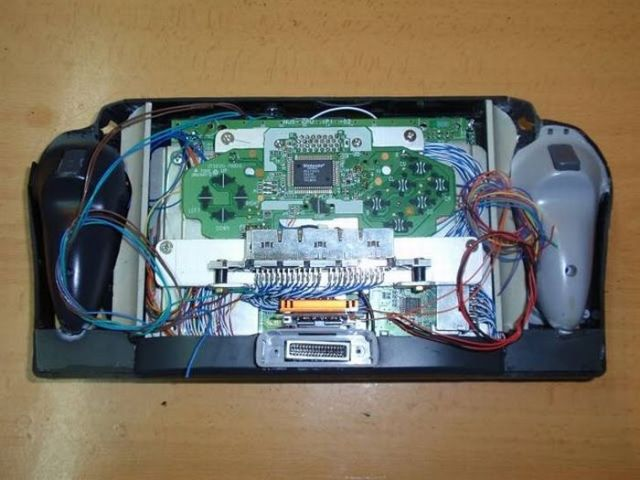 How this guy transform Nintendo 64 into A Handheld game console 37