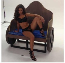 Laura Dore behind the scenes with Jose Guerra2.thewizsdailydose