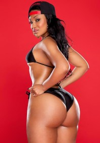 Kyra-Chaos-showing-off-her-phat-ass-in-a-black-bikini-and-knee-high-socks-in-her-shoot-with-Jose-Guerra-13