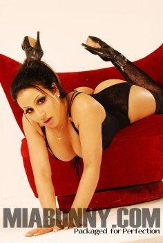 Mia Bunny 010