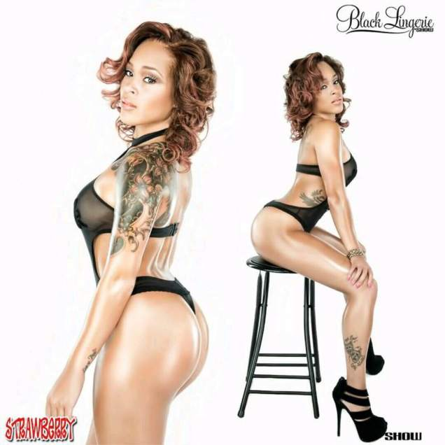 Demisha Robbins @de_strawberry - Show Magazine - Black Lingerie 001