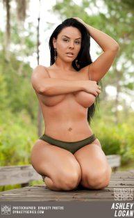 Ashley Logan 086