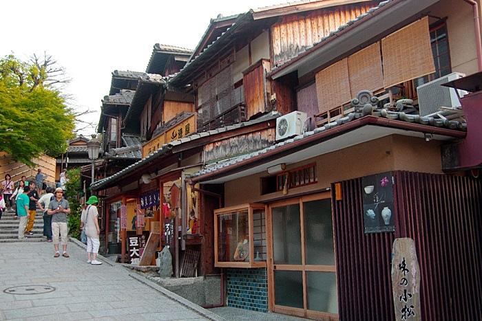 【京都景點(24)】京都河原町、花見小路、二年板、三年板,很有風味的京都街道!