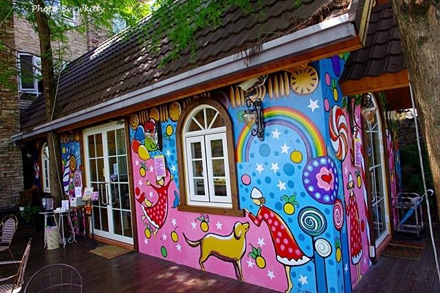 NINA妮娜巧克力工坊 ♥ 南投˙清境 深山裡的夢幻巧克力童趣屋 @小環妞 幸福足跡
