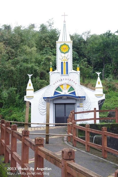 [台東景點]˙宜灣教堂(卡片教堂) ♥ 寄一張滿滿祝福的雪白卡片