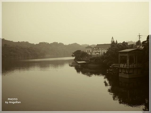 [苗栗景點] 日新島~全台唯一湖中島。超放鬆慢活之神祕小島 @小環妞 幸福足跡