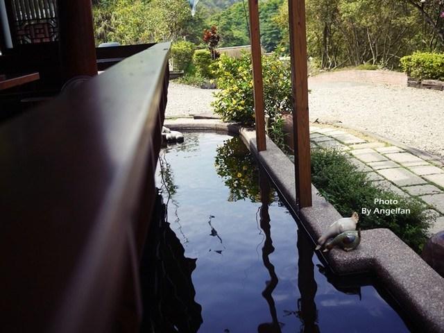 [住♡南投]泡個溫泉,徜徉在田園山水之樂中~埔里 水月山莊 @小環妞 幸福足跡