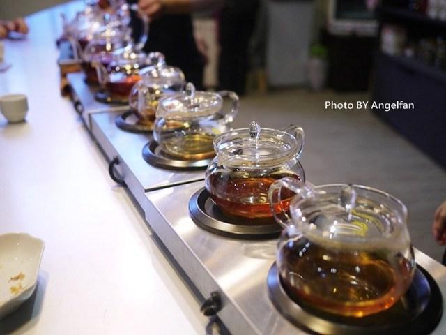 [南投景點] 廖鄉長紅茶故事館。淡定紅茶的故鄉有座歐風白色別墅 @小環妞 幸福足跡