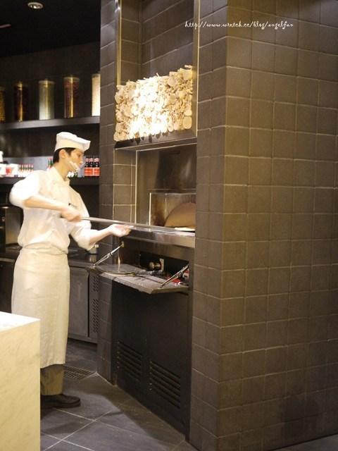 [台北美食推薦]。寒舍艾美探索廚房。最難訂的自助餐 @小環妞 幸福足跡