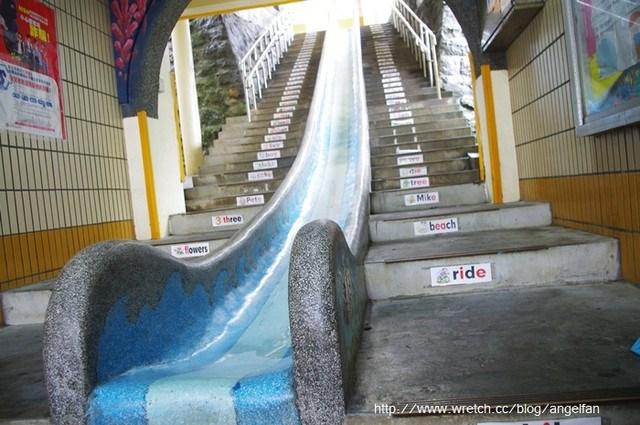 [瑞芳景點]濂洞國小 ♥ 超長溜滑梯,要下樓1秒就到!? @小環妞 幸福足跡