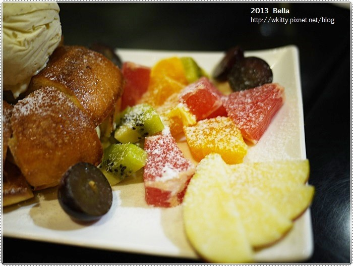[板橋美食餐廳] Bella Cafe ♥ 板橋車站下午茶輕食餐廳好選擇,多種貝果創意料理任你選 @小環妞 幸福足跡