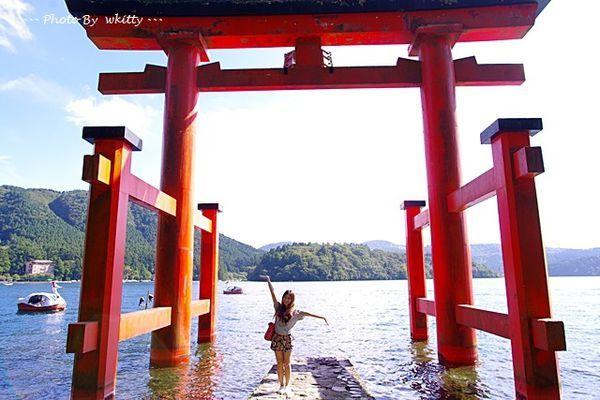 [東京箱根行程] 元箱根 箱根神社 ♥ 水上鳥居好壯觀(26) @小環妞 幸福足跡