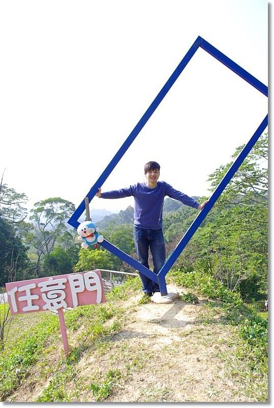 [台中新社景點]青青湖畔親水花園 ♥ LOVE愛的浪漫湖畔 @小環妞 幸福足跡