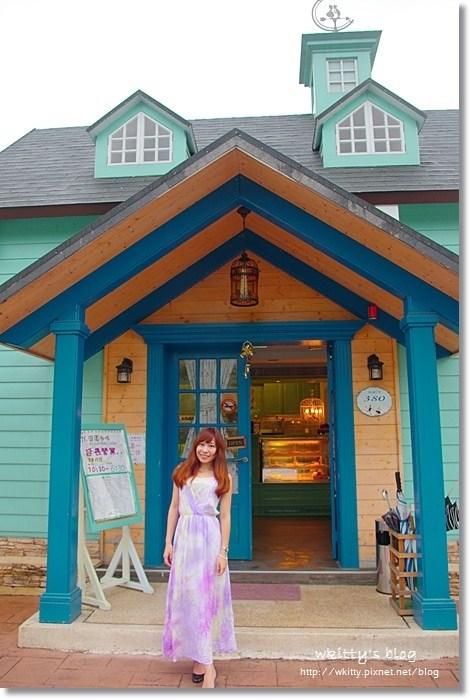 【宜蘭下午茶】71°N 庭園咖啡  ♥ 大馬路旁驚見Tiffany藍色小屋,夢幻度爆表,女孩們尖叫連連,拍婚紗超適合 @小環妞 幸福足跡