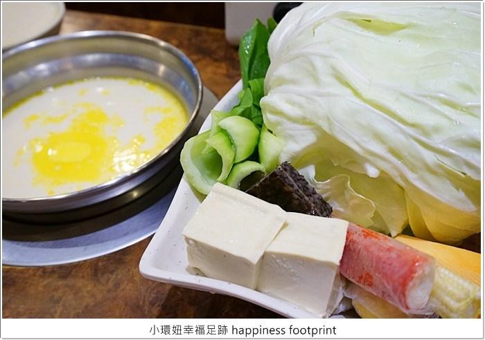 【捷運民權西路站美食】鍋媽媽牛奶火鍋,牛奶湯頭好喝非常厲害! @小環妞 幸福足跡