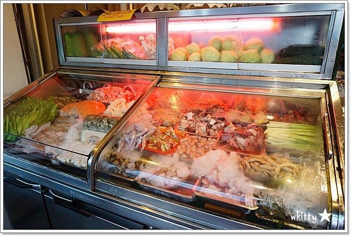【宜蘭冬山美食】富哥活海產,超澎拜的餐後水果盤,新鮮的海鮮! @小環妞 幸福足跡