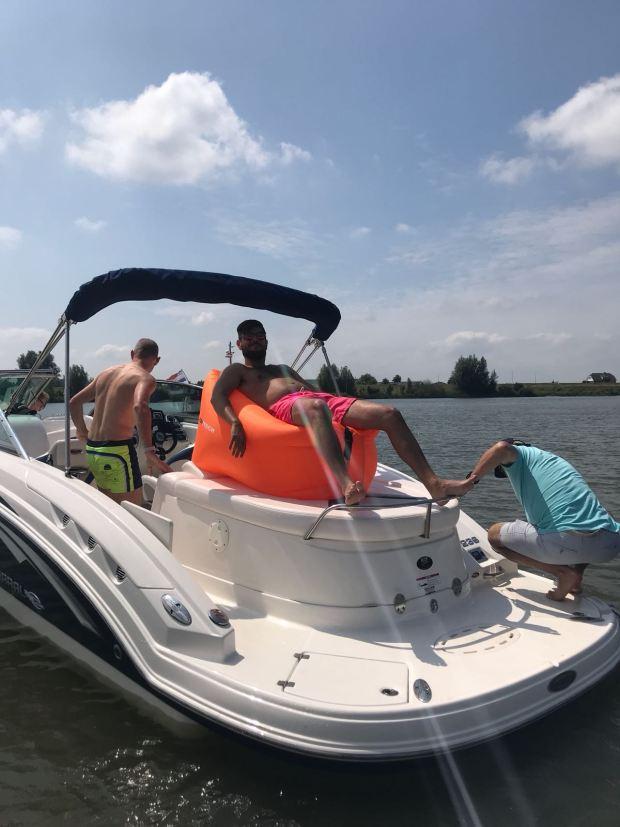 Aditech SeatZac op een boot