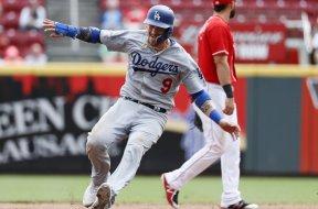 Dodgers Grandal AP