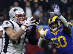Patriots Rob Gronkowski Super Bowl catch B