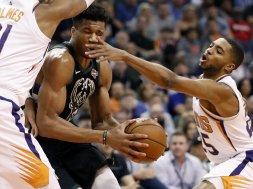 Giannis v Suns AP