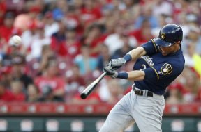 Brewers Yelich HR swing AP